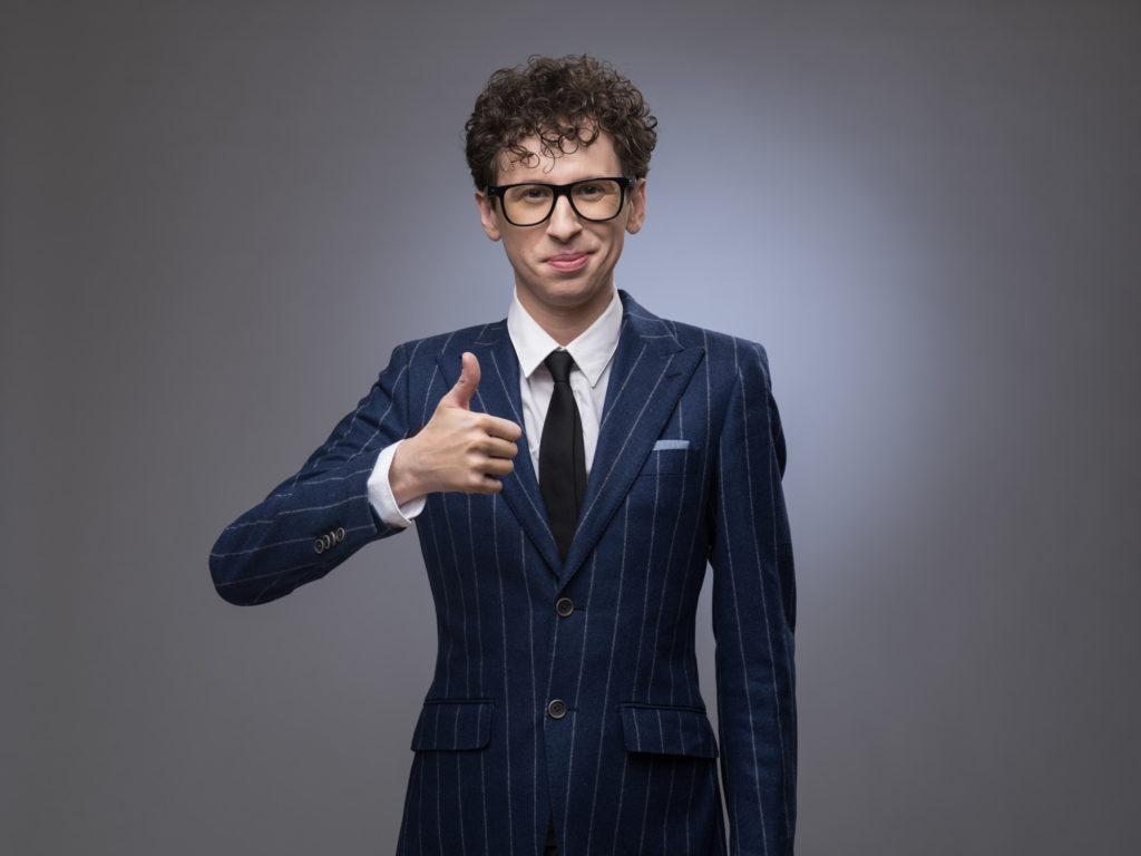 結婚式でストライプのスーツはあり 男性の服装マナーとは ビジネス