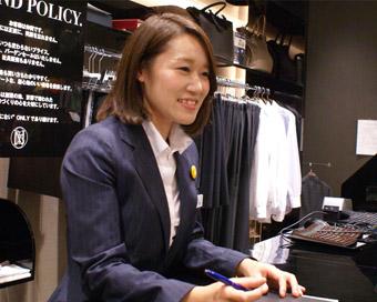 ONLY新宿マルイアネックス店スタッフ3