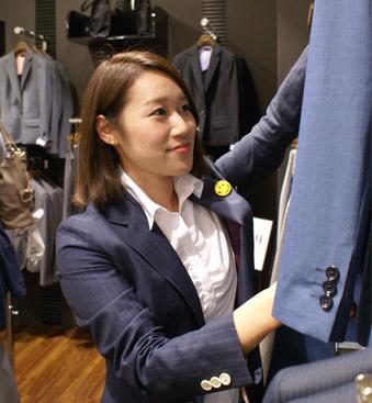 ONLY新宿マルイアネックス店スタッフ4