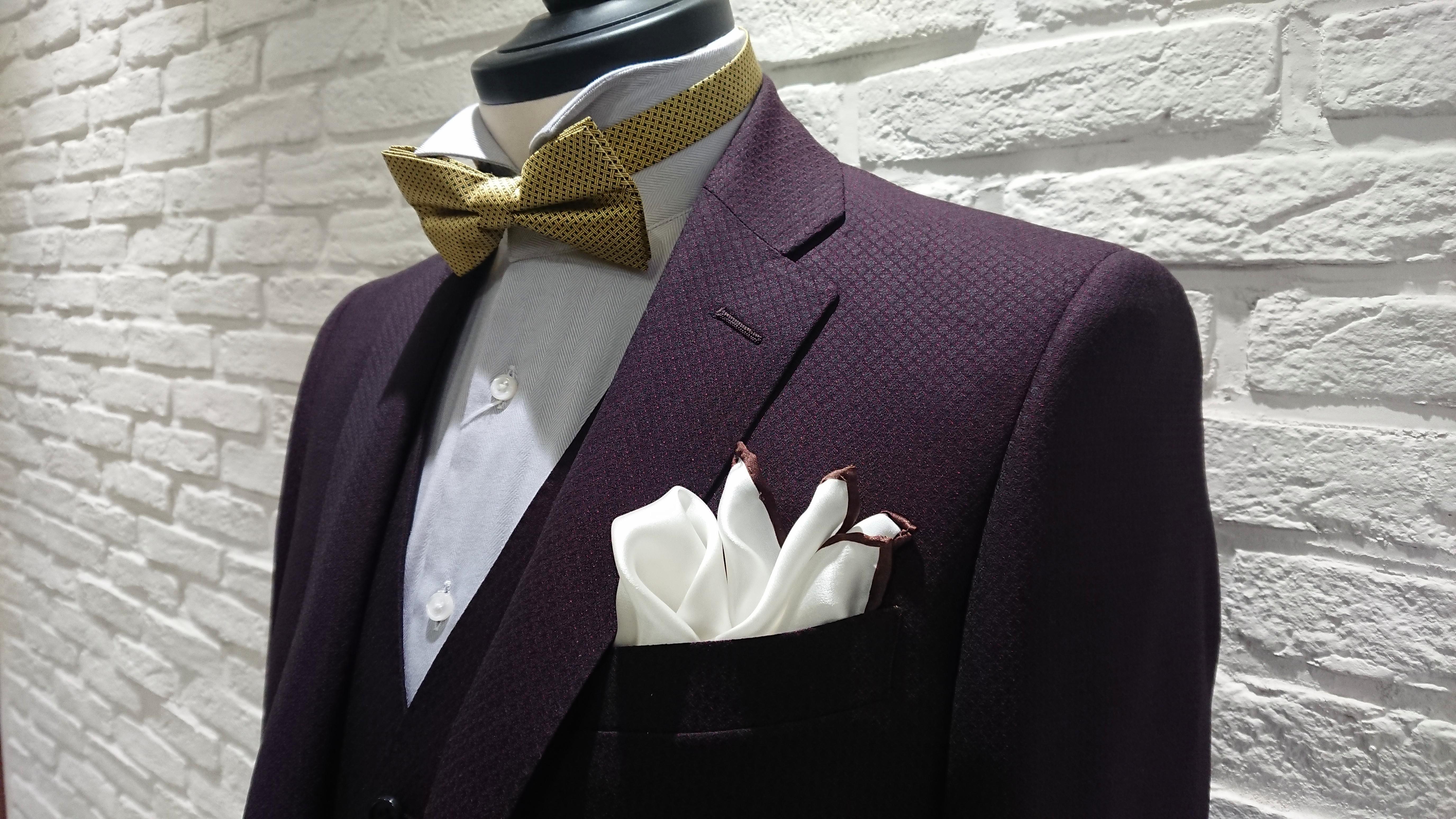 15b228be6fdd6 いつもはビジネス用にスーツをお使いの方にスポットを当てて、毎日のお仕事に使いやすいものを中心に紹介しておりましたが、新年初めの今回はいつもと趣向を変え、  ...